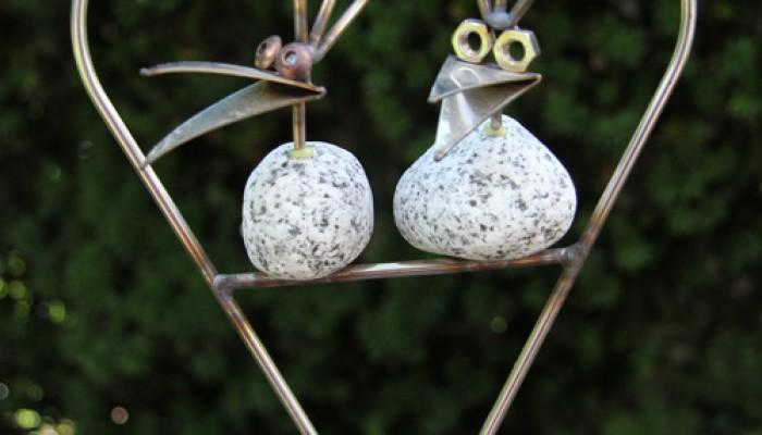 Steinv gel edelstahl trifft auf stein for Gartendekoration tiere