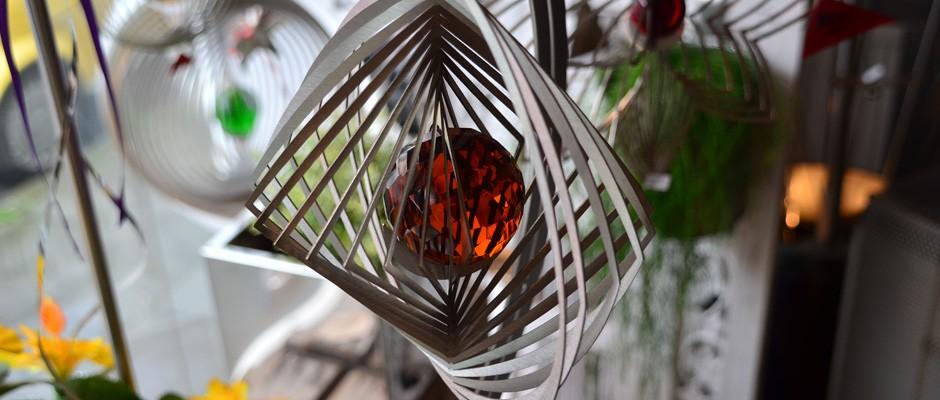 Windspiel aus Edelstahl für Garten, Balkon, Terasse oder Fensterbank