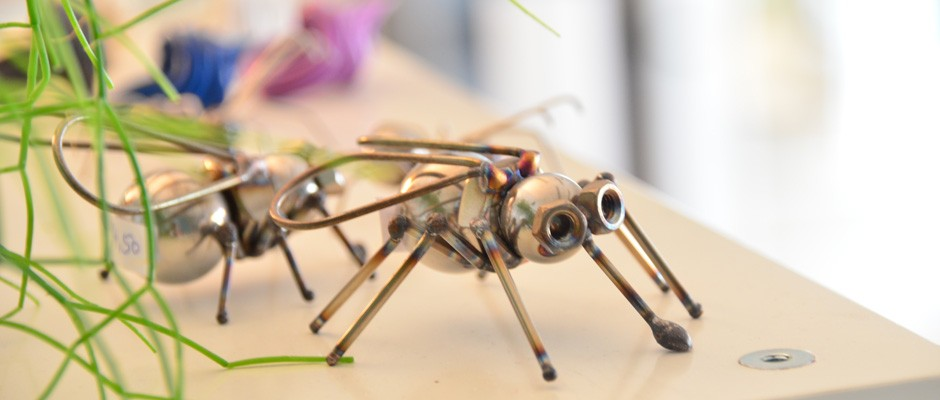 Mini-Insekten aus Stahl